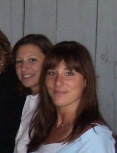 Lisa w/ sister Debbie