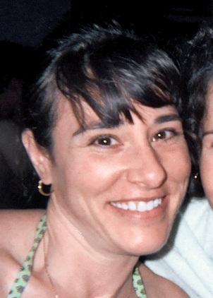 Lisa w/ her sisters